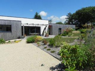 Maison  d'architecte, Bretagne, Trebeurden, Cote  Granit Rose 06 04 04 15 18
