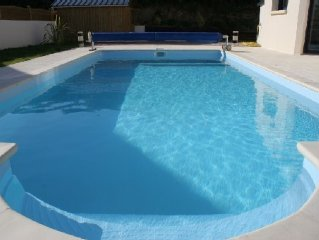 Prestigious villa with pool and Spa 150 m away from the beaches for 12 persons