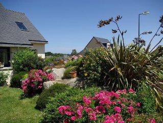 SPACIEUSE- HOUSE Near Grand garden- town center and beaches - Near Roscoff