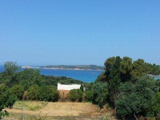 Peine vue mer appartement terrasse et balcon  à Cargèse