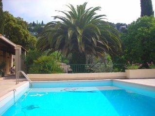 Le ciel, le soleil et la mer. Confort 4 clés et piscine au calme dans la verdure