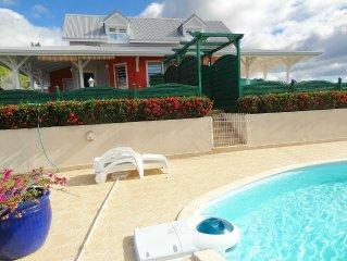 Villa jumelée-Hauteurs de Pigeon-Vue magnifique Rés. Cousteau & Mer des Caraïbes