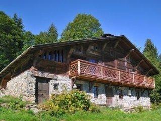 Grand chalet d'alpage 300 m2 tout confort 25 pers à Cordon (74)