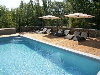 Maison haut de gamme de charme avec piscine et parc privé, en Ardèche du sud
