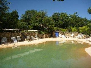 CABANNES DE BERGER tres grandes piscine