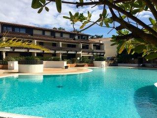 Charmant duplex au coeur du village du Cap Ferret dans résidence avec piscine