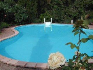 Maison de campagne avec piscine de 2 a 6 personnes