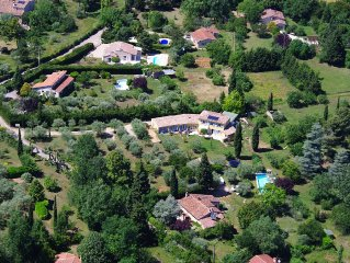 Bed and Breakfast with swimming pool, Ecolabel, quiet property.