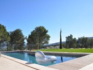 Villa neuve magnifique vue, sans vis a vis, Golf de Pont Royal
