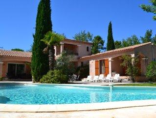 Villa avec piscine et parc clos a Trans-en-Provence