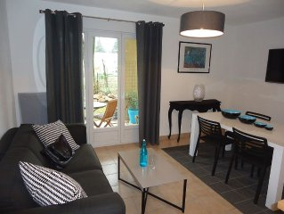 T2 VILLENEUVE LES AVIGNON - POOL RESIDENCE - CITY CENTRE NEAR AVIGNON