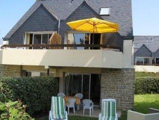 Appartement avec terrasse Idéalement Situé Dans Résidence Calme wi-fi près plage