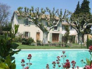 Location de vacances 4 étoiles au Mas des Cyprès  à Saint-Andiol