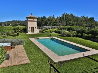 Nice farm renovated with taste, air-conditioned, in the vineyards, with Jacuzzi