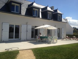 Great new house of 220 sqm overlooking the bay of Morlaix