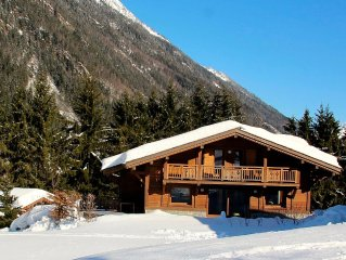 SUPERB 5 * CHALET JACUZZI FACING THE CHAIN OF MONT BLANC, SAUNA