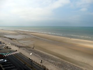 Superb sea-front 2-exceptional neat-view rooms-66m2-decoration