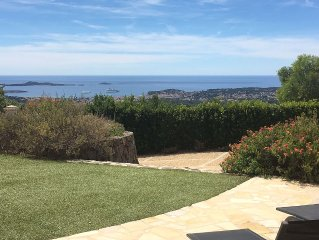 Superbe villa avec piscine vue mer panoramique sur baie de Sanary sur Mer
