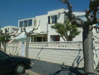 BARCARES T2 + TERRACE RDJ, 4 BEDS, SEASIDE BEACH BARCARES