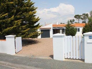 Petite maison vendeenne en proximite de mer dans impasse tranquille