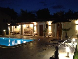 MAS PROVENCAL LUXE - POOLHOUSE PARADISIAQUE - PISCINE CHAUFFEE - SPA - ST REMY