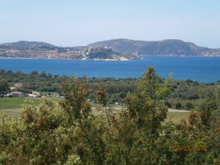 Facing the Bay of Calvi, near the beaches and coves, F2 in villa LUMIO.