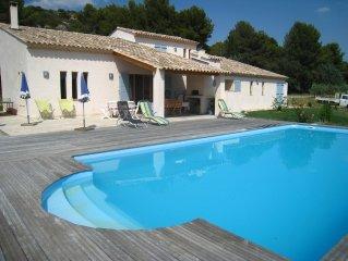 Villa avec piscine à Pélissanne, 25 km AIX en PROVENCE, 45 km ARLES
