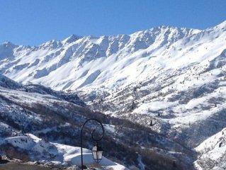 Location à la montagne, dans station familiale.