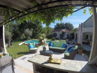 Montpellier, Pic St Loup and beaches, house with large pool, comfortable