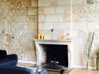 Appartement exceptionnel le long des quais de la Garonne, cachet ancien
