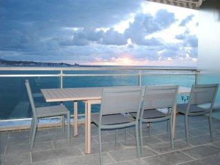 Appartement avec terrasse et vue imprenable sur la baie de St Jean de Luz