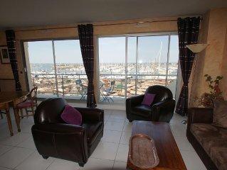 Appartement T3 avec vue superbe sur le bassin et le port de plaisance