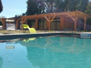 Sarlat Gite maison de vacances avec piscine sur 6000 m2 de terrain