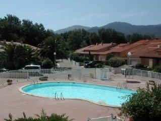 Belle maison de vacances climatisée dans résidence avec piscine