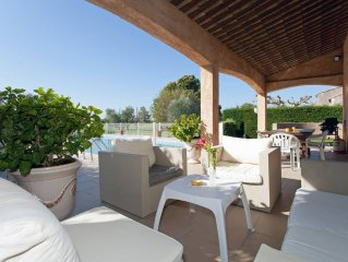 Villa campagne , sur 20 ha de prairies, 2 chambres + mezzanine 3SDB clim piscine