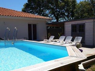 Maison neuve  T4 100 m2 avec piscine chauffee au calme en lisiere de foret