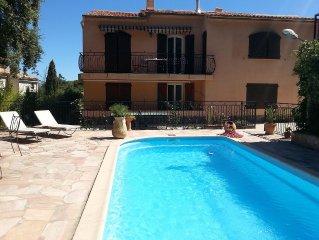 Rez de villa 6 pers, foret et piscine a La Seyne sur mer (Var)