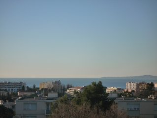 superbe 2 pieces 56m2 grande terrasse vue mer 180o calme prox plages - commerces