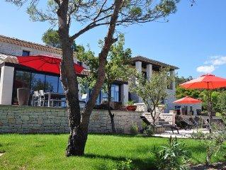 Villa de standing **** avec piscine à La Roque-sur-Cèze, entre Avignon & Uzès