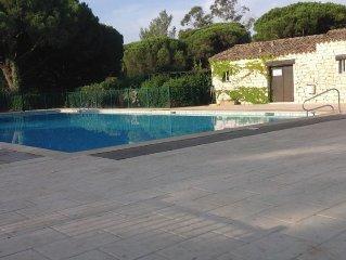 Maison a louer golfe de st Tropez 2 chambres dans residence avec piscine  tennis