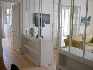 Biarritz hyper centre, appartement de prestige à 200m de la plage.