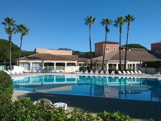 Studio 4 pers, Residence Club Valescure, piscine chauffee.