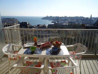 Appartement a ST QUAY PORTRIEUX vue mer au 3eme etage dans une residence calme