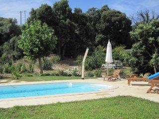 Appartement dans propriété clôturée, piscine chauffée, label Gîtes de France