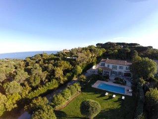 Maison d'Architecte 320 m2, 6 chambres, piscine, vue magnifique mer et campagne