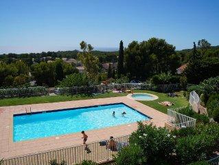 Quiet Studio south .Vue panoramic sea .piscine, L