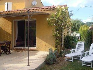 'Un jardin en Provence' T2 meublé indépendant 4 personnes