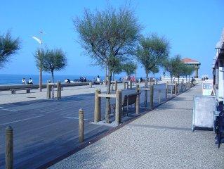 Anglet studio les pieds dans l'eau, près front de mer et des plages avec parking