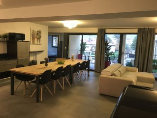 165m2 penthouse apartment with a terrace for 11 people in Millau