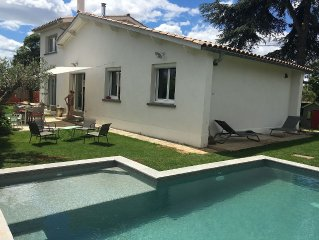 House with pool near beach and Montpellier